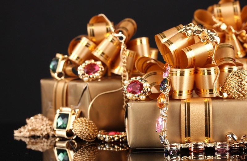 bijuterii cadouri