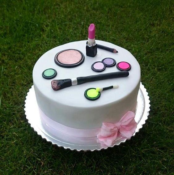 cadou amuzant tort