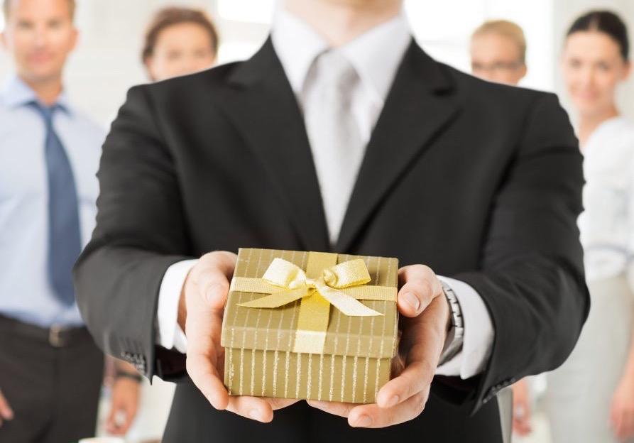 cadouri pentru angajati idei