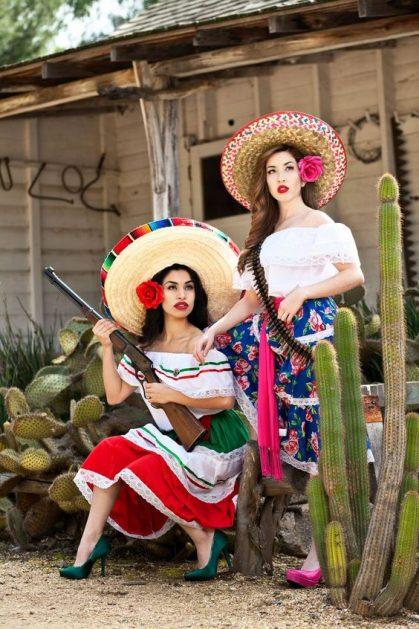 costum-mexican; petrecere-mexicana
