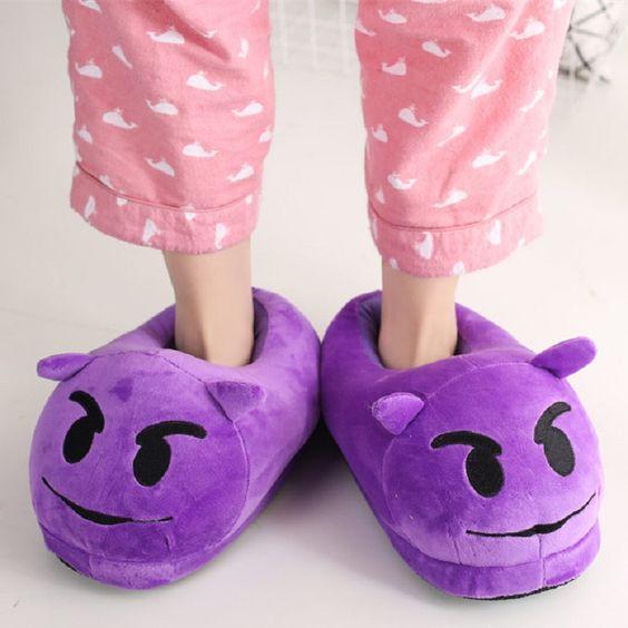 papuci de casa giganti
