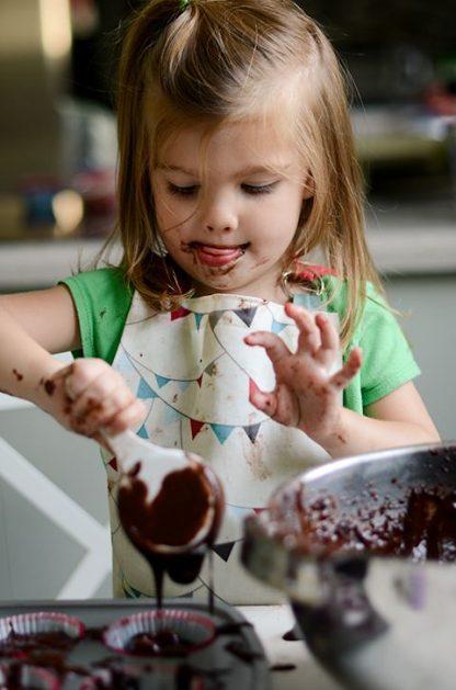 atelier-de-ciocolata-copii; activitati-distractive-copii