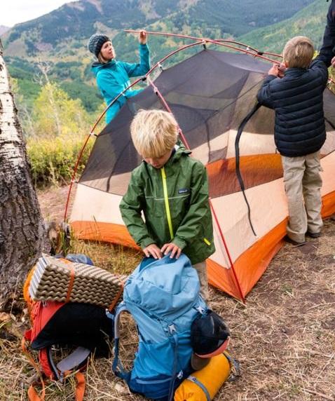 copii-cu-cortul