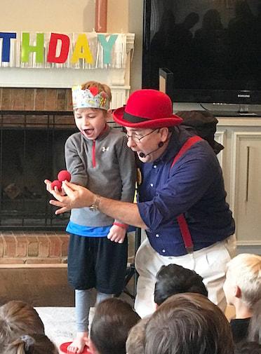 magician-la-petrecere-copii